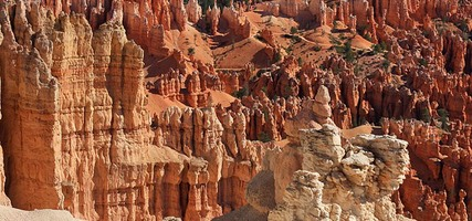 Bryce Canyon, White, Pink and Rust Hoodoos